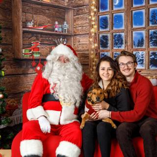10 hhs santa by @lauraphotospets