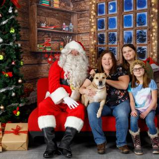 7 hhs santa by @lauraphotospets